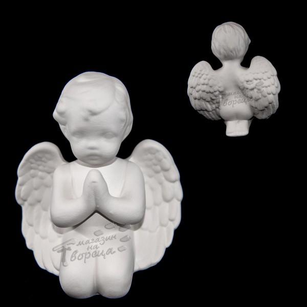 Керамична фигура - Ангел (среден) молещ се