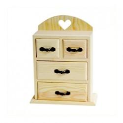Дървени кутии и фигури
