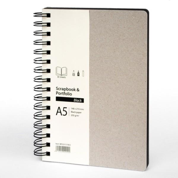 Скицник A5 портрет 30л черен картон 'Scrapbook & Portfolio Black'
