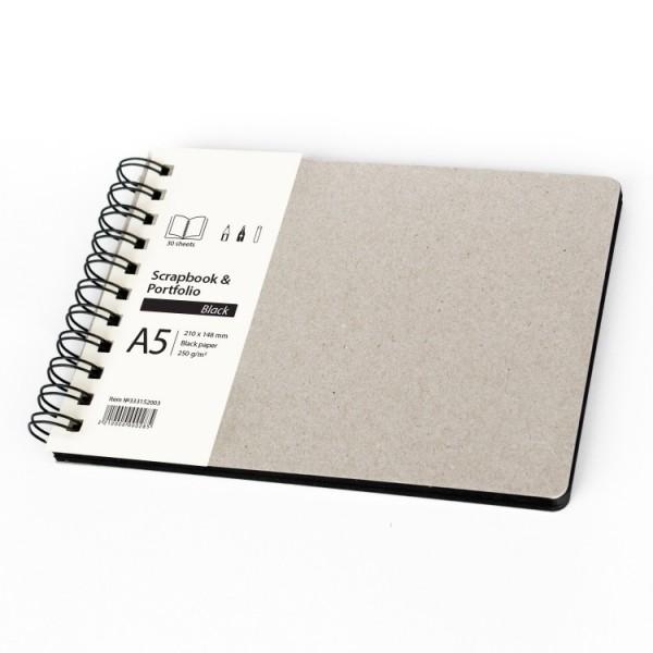 Скицник A5 пейзаж 30л черен картон 'Scrapbook & Portfolio Black'